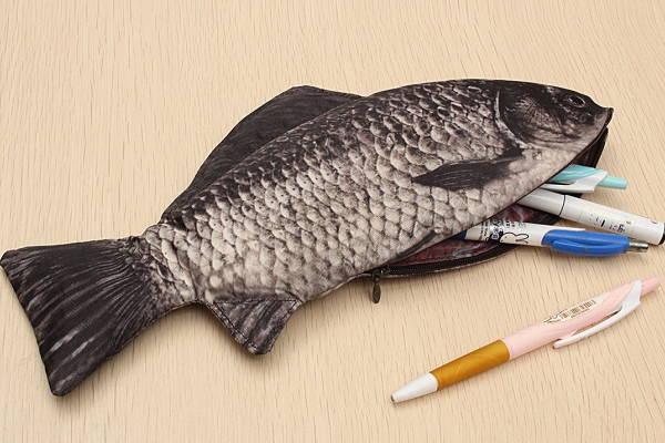 リアルな魚のペンケース